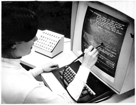 Photograph of the HES console with lightpen and